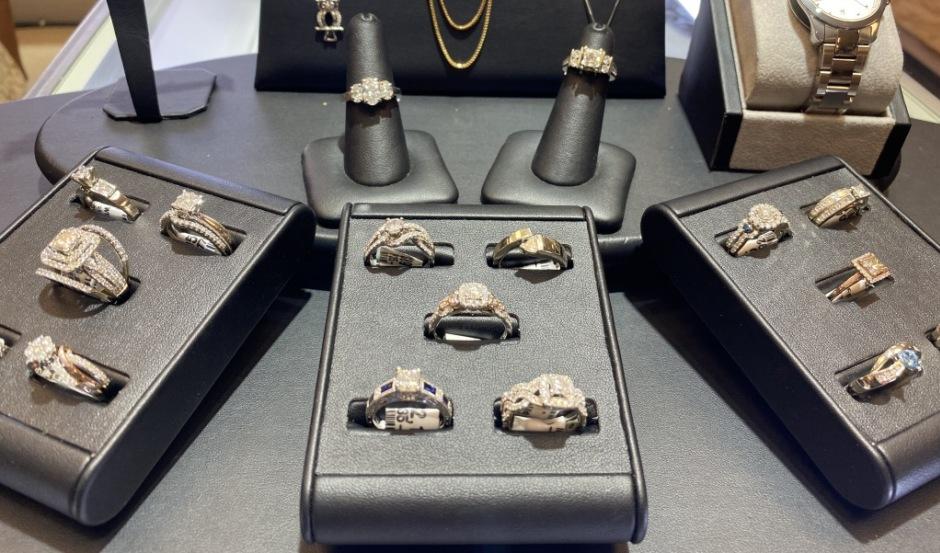 Product Image Diamond rings